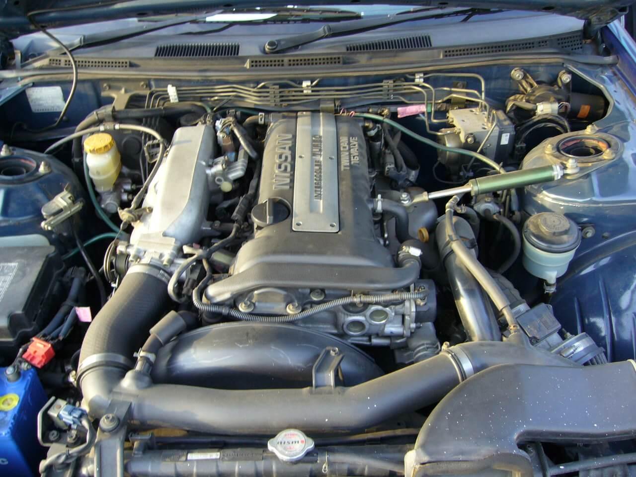 Nissan Silvia S15 Spec-R Blau Motor RB20